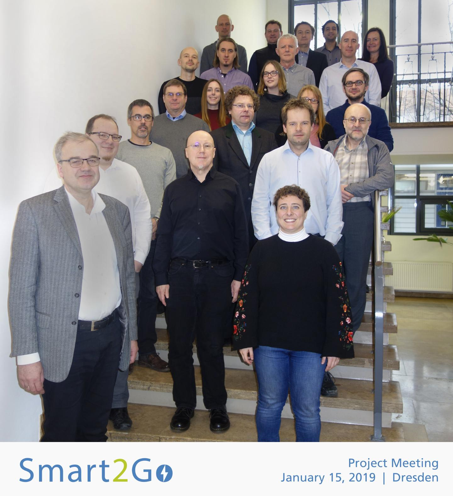 Smart2Go_Group photo-1440x1578.jpg